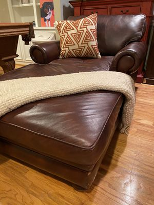 Real leather chaise lounge for Sale in Atlanta, GA