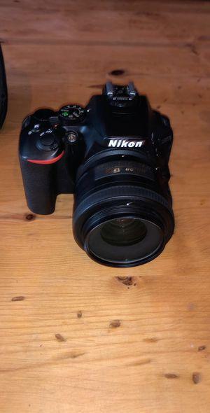 Nikon D5600 for Sale in Rancho Santa Margarita, CA