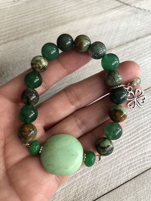 Green tones stretchy bracelet! 🍀 for Sale in Laguna Beach, CA