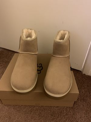 100% Authentic Brand New in Box UGG Classic Mini Short Boots / Women size 10 / Color: Sand for Sale in Pleasant Hill, CA