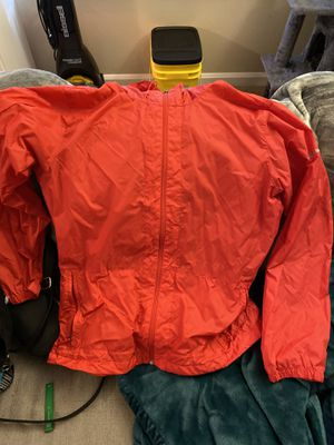 Women's Columbia windbreaker for Sale in West Linn, OR