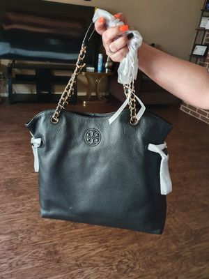 Tory Burch Bombe Slouchy Tote for Sale in Missouri City, TX