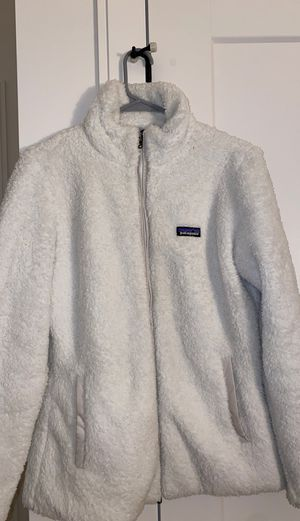 Patagonia White Fluffy Zip Up Jacket for Sale in Newton, MA