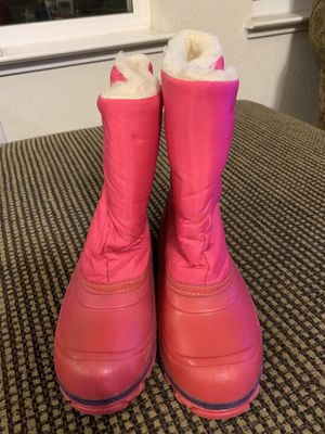 Girls snow boots size 12 for Sale in Lodi, CA