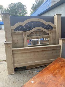 Full Size Bed (Fayettville Ga) for Sale in Fayetteville, GA