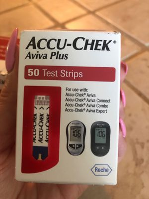 ACCU-CHEK aviva plus glucose test strips for Sale in Riverside, CA