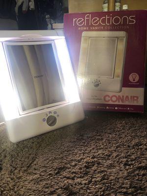 ConAir Illuminated Makeup Vanity for Sale in Phoenix, AZ