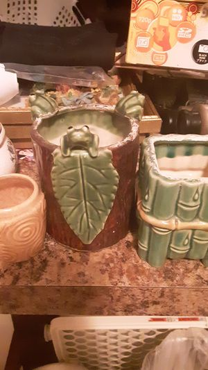 Vintage frog bamboo plant holders for Sale in Oceanport, NJ