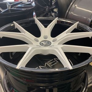 Lexus Sc400 20x8.5/10 New White With Blk Rims Tires Set for Sale in Hayward, CA