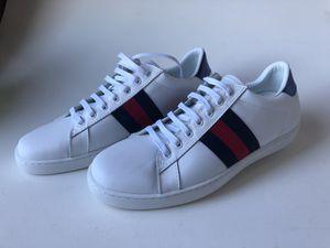 White Gucci sneakers for Sale in Miami, FL