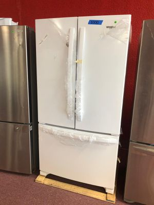 French door refrigerator whirlpool White ,brand new (Appliances depot ,Comercial Blvd) for Sale in Fort Lauderdale, FL