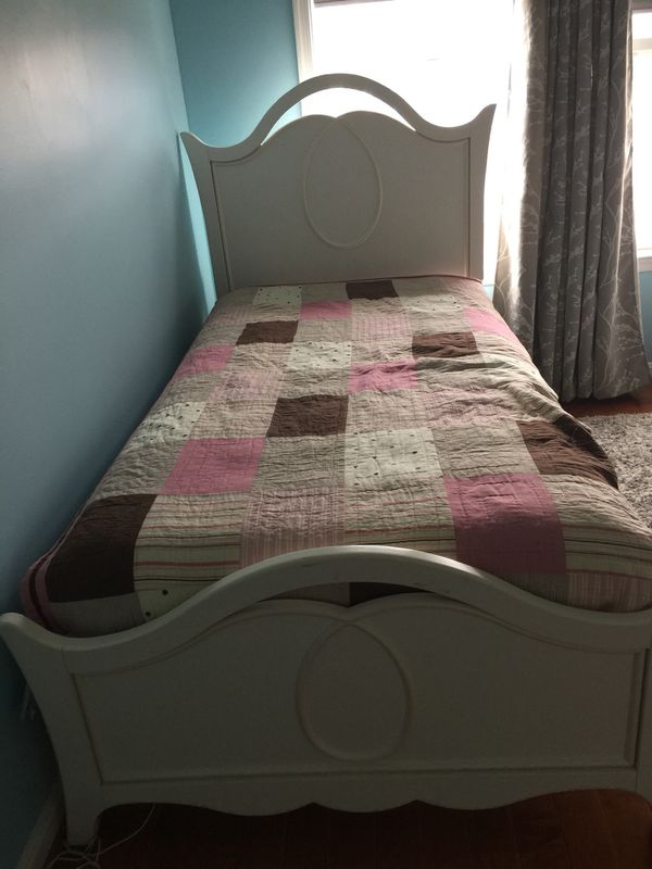 Twin bed frame sale-excellent condition-