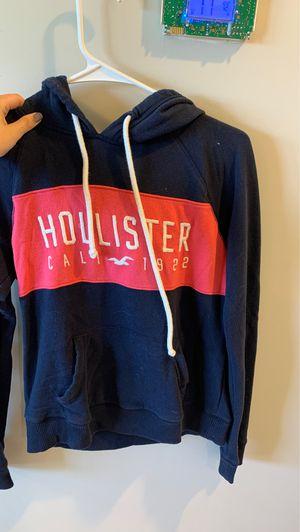 Hollister xs hoodie for Sale in Hammonton, NJ