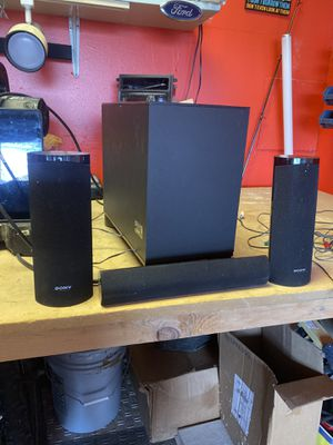 Sony subwoofer ss-wsb104 with speakers for Sale in Glen Burnie, MD