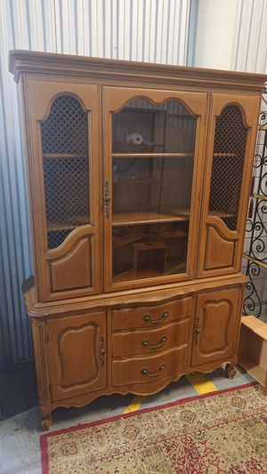 Cherry Wood Antique China hutch for Sale in Fort Worth, TX