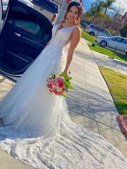 wedding dress for Sale in Fresno,  CA