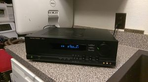 HARMAN KARDON AVR 10 AM FM STEREO RECEIVED for Sale in Arlington, TX