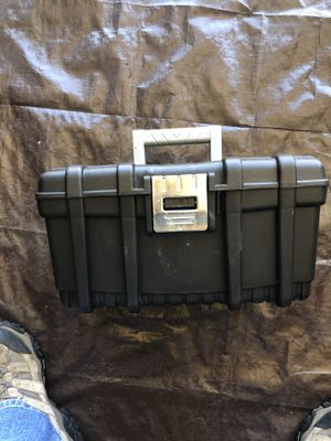 Husky Tool box for Sale in Fontana, CA