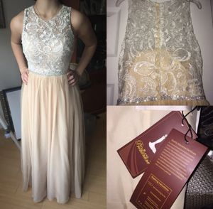 NEW Champagne Prom/Wedding/Ballgown Dress Size 3/4 for Sale in Cliffwood, NJ