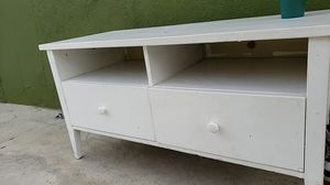 Tv stand with drawers for Sale in Bellflower, CA