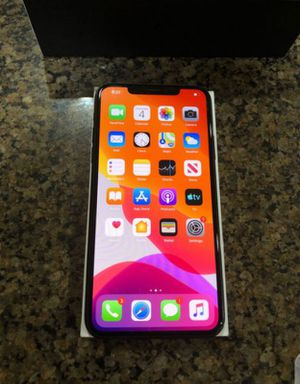 iPhone 11pro max 64gb for Sale in Tea, SD