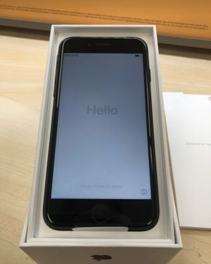 iPhone 7 32gb for Sale in Browns Mills, NJ