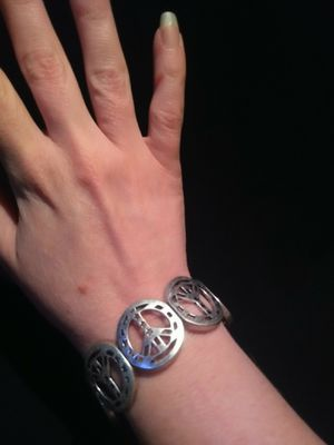 Never Worn Vintage Metal Peace Sign Bracelet With Stars for Sale in Gresham, OR