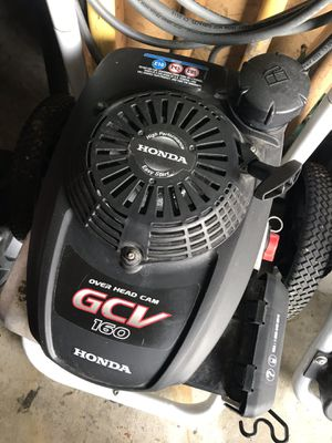 Honda pressure washer 2700 high pressure An clean just about anything. Hardly used . for Sale in Waterford Township, MI