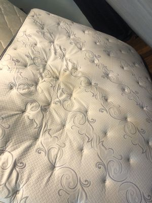 Queen mattress and box springs and rails for Sale in Nashville, TN