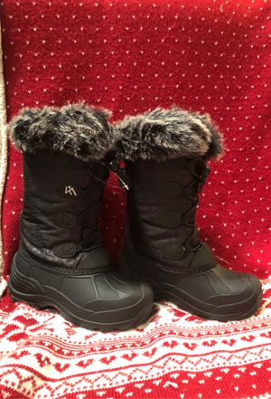 Winter boots size 1 never worn for Sale in Salem, NH