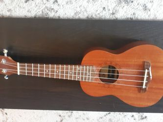 Ukulele! Pyle Model. Beginner. Great condition. for Sale in St. Louis,  MO
