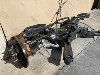 2020 Infiniti QX60 right rear suspension knee for Sale in Glendale,  CA