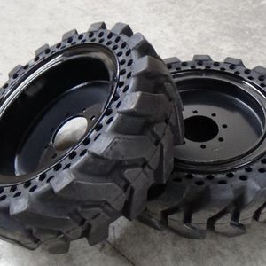 Bobcat Tires Solid Tires 10x16.5 12x16.5 5.70x12 for Sale in Chino, CA