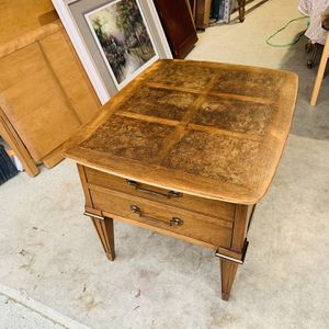 Beautiful Mid Century Modern Lane Inlaid Design Top Nightstand End Table for Sale in Mukilteo, WA