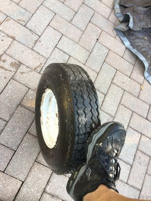 Trailer tire with rim for Sale in Miami, FL