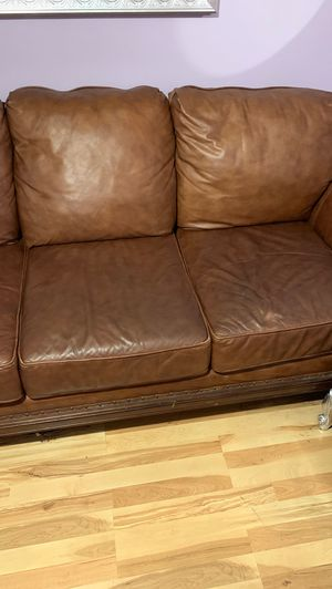 Leather couch for Sale in Beverly Hills, CA