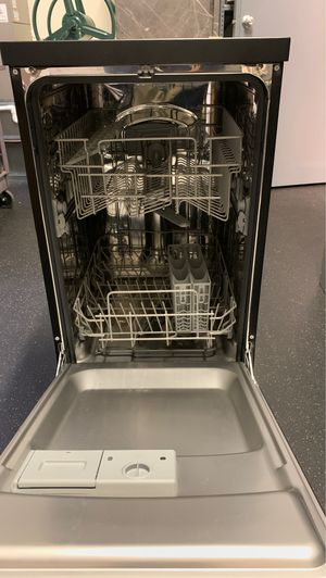 Dishwasher for Sale in Washington, DC