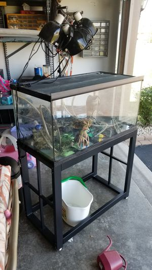 Turtle habitat/ Aquarium 45 gallons for Sale in Dyer, IN