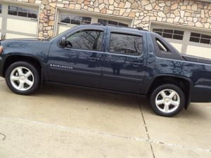 cars & trucks Price Reduced$!15OO Chevrolet Avalanche 4WDWheelss very clean for Sale in Washington, DC