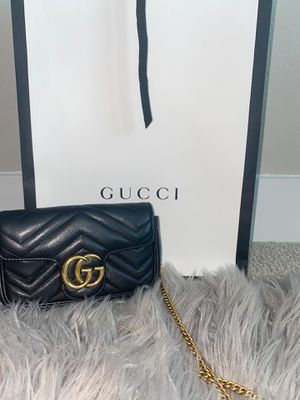 GUCCI MARMONT LEATHER MINI BAG for Sale in Frisco, TX