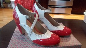 Red/white Vintage Style Harlow Heel Size 6 for Sale in Nashville, TN
