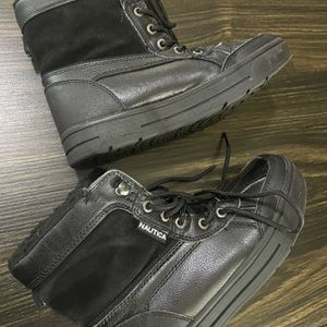 Youth Snow Boots Size 3 for Sale in Visalia, CA