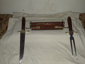 Vintage India hand carved set with a hardwood case excellent condition. for Sale in Arcola, TX