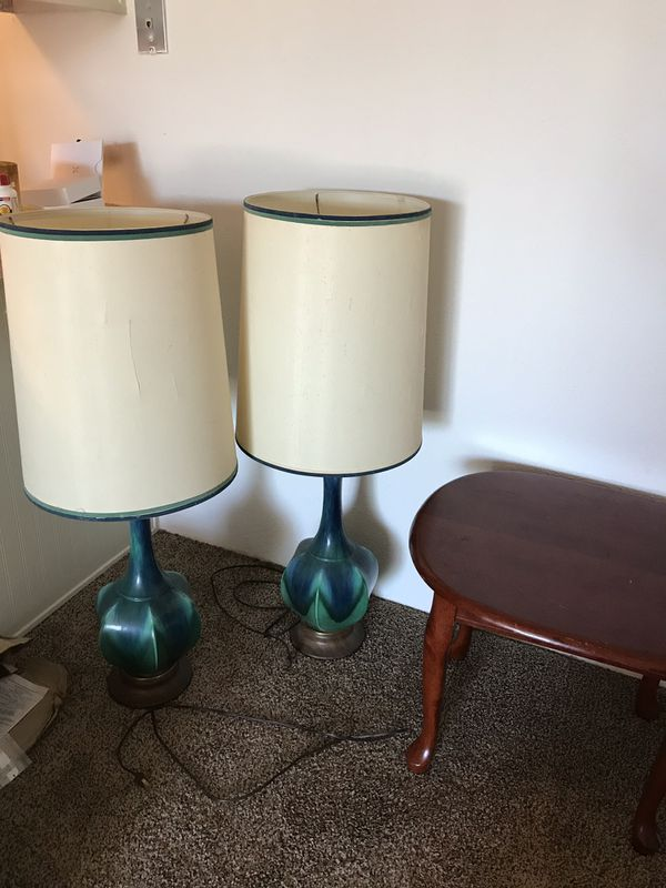 Lamps. Coffee tables