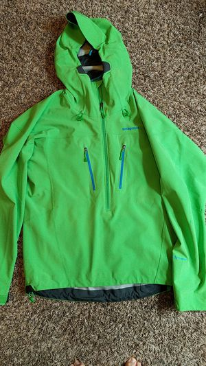 Patagonia kniferidge pullover Jacket for Sale in Ardmore, PA