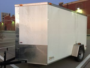 6 x 10 enclosed trailer six months old for Sale in Frisco, TX