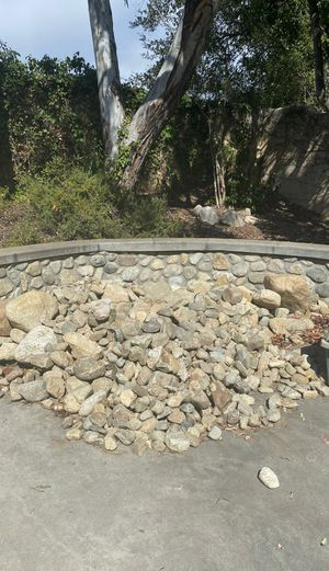 Free cobble stone different sizes for Sale in Corona, CA
