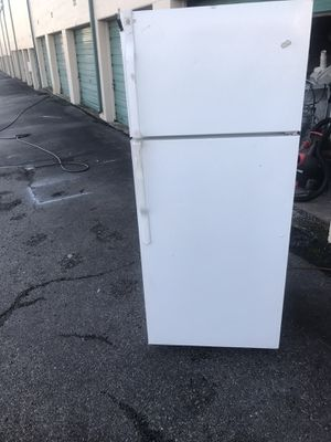 Refrigerator for Sale in Fort Worth, TX