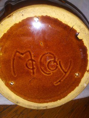 Vintage McCoy Cookie Jar/Bean Pot for Sale in Paris, KY
