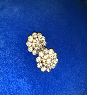 Clip On Earrings for Sale in Kissimmee, FL